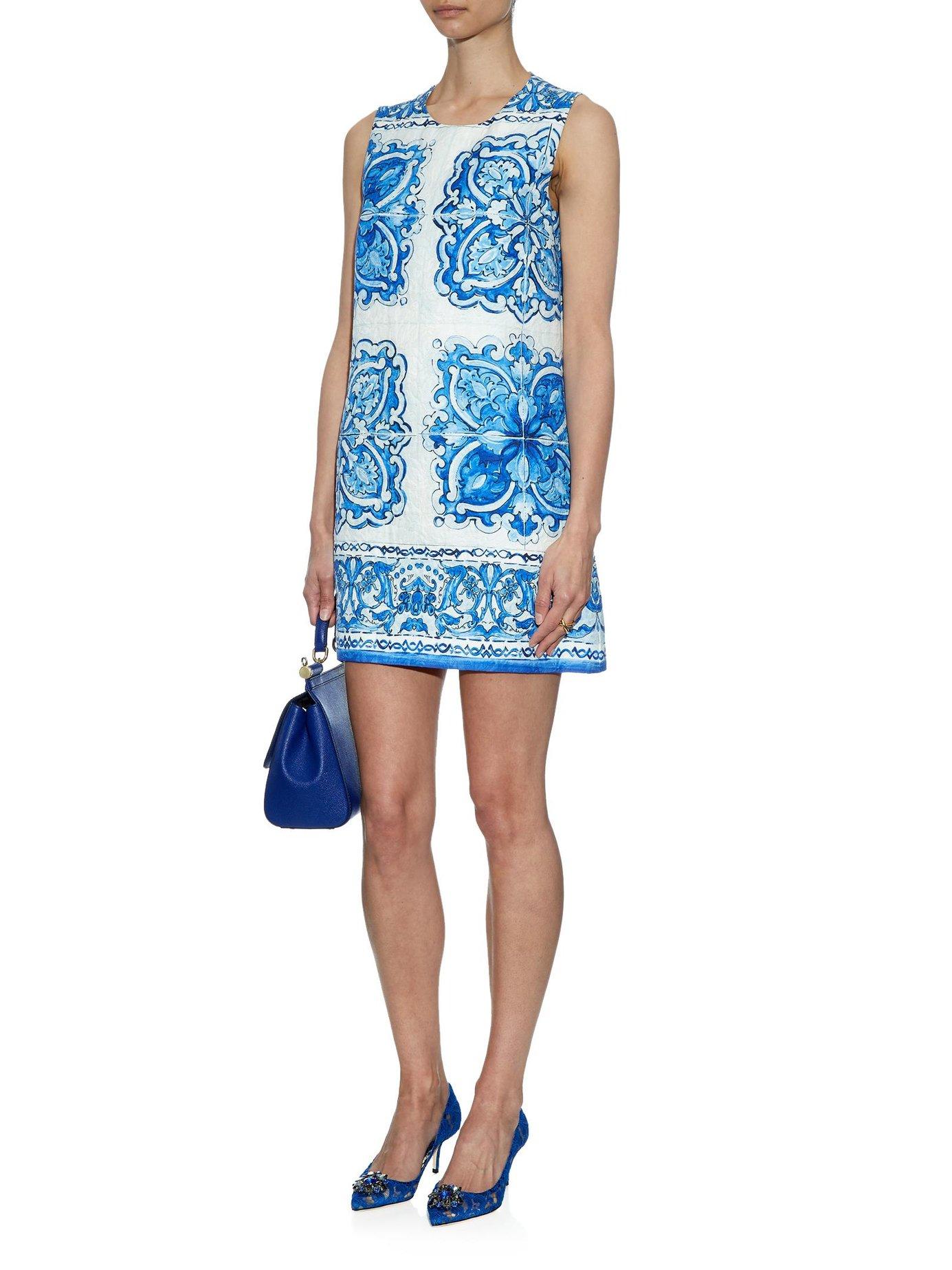 Blue Majolica Fashion