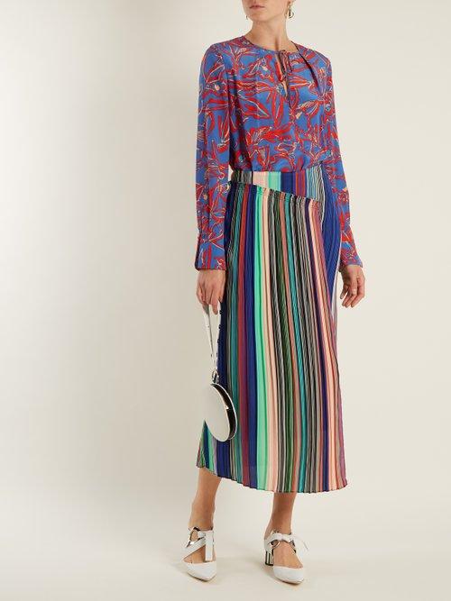 Tie-neck silk crepe de Chine blouse by Diane Von Furstenberg