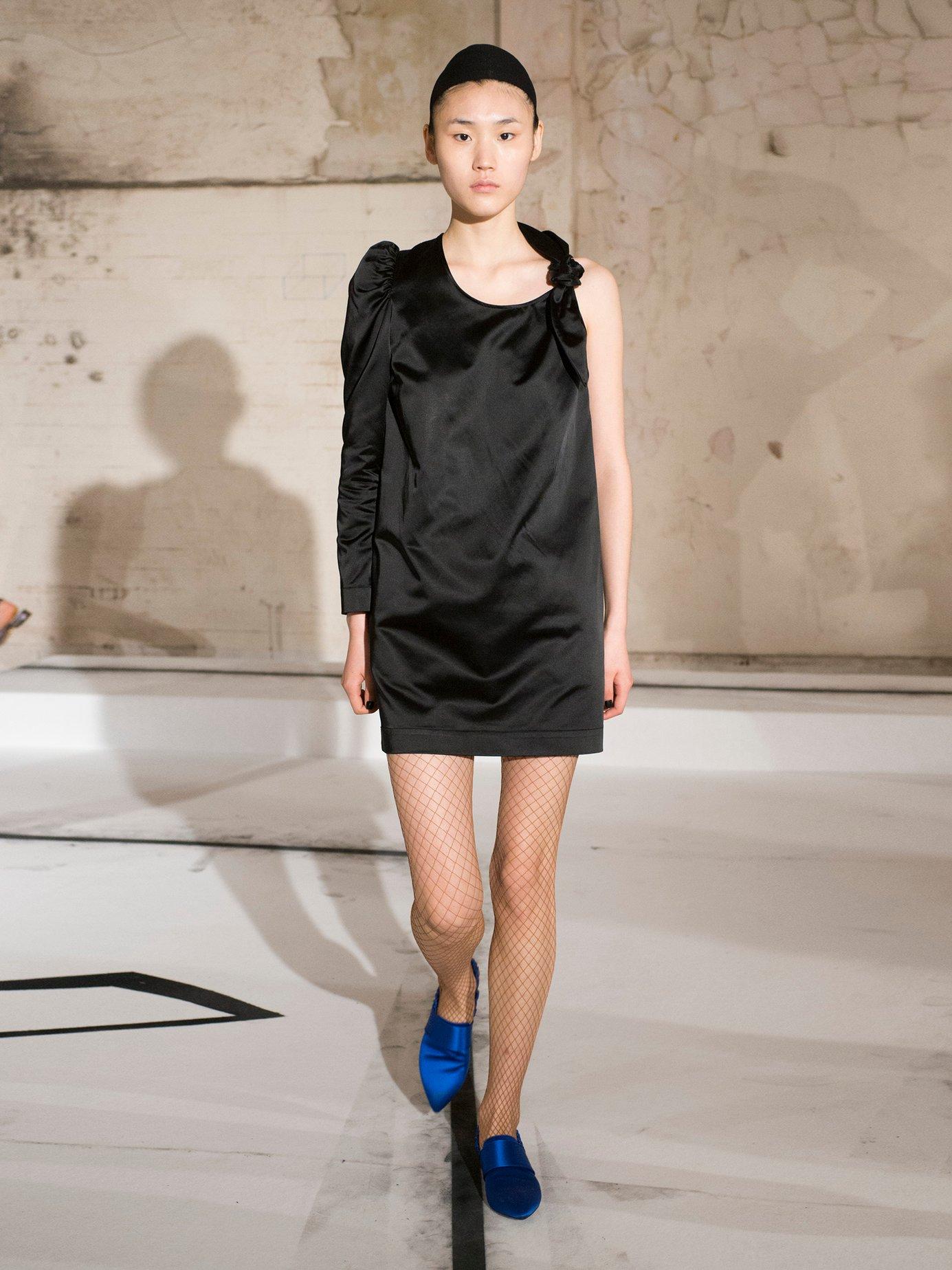 Asymmetric duchess-satin dress by Isa Arfen