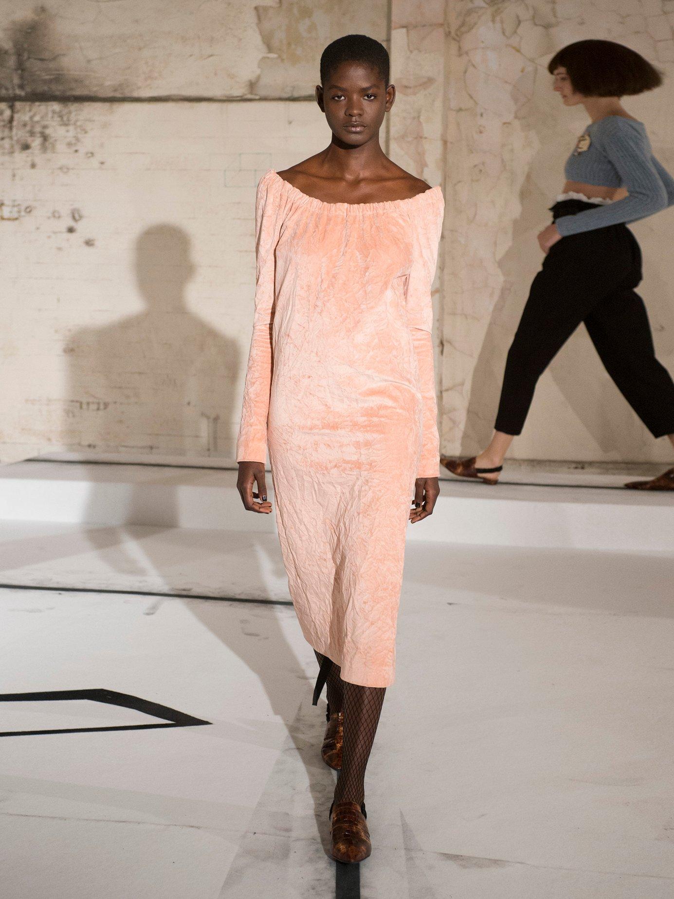 La Femme crushed-velvet dress by Isa Arfen