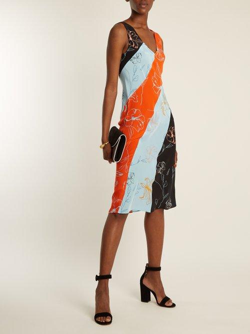 V-neck sleeveless Fenelon-print midi dress by Diane Von Furstenberg