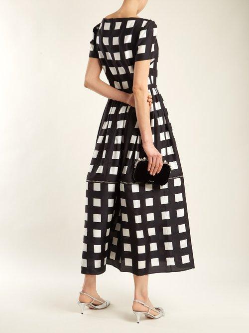 Shop Christopher Kane Zip-hem square-print silk dress online sale