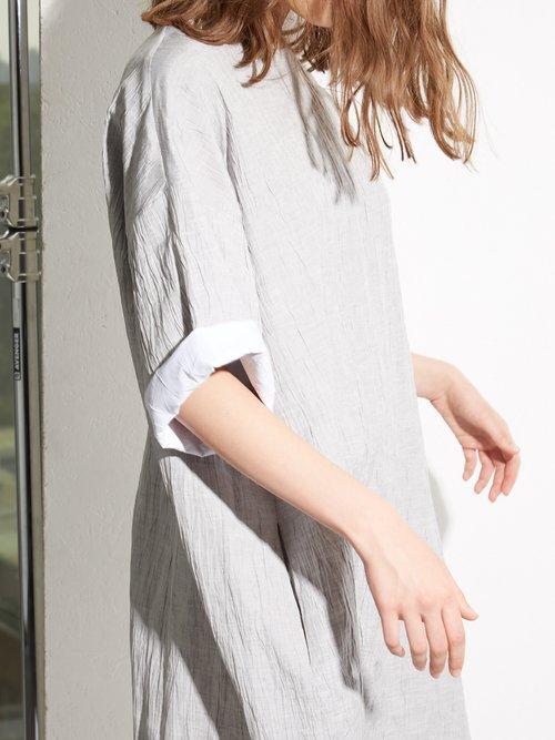 Crinkle linen and silk-blend T-shirt dress by Raey