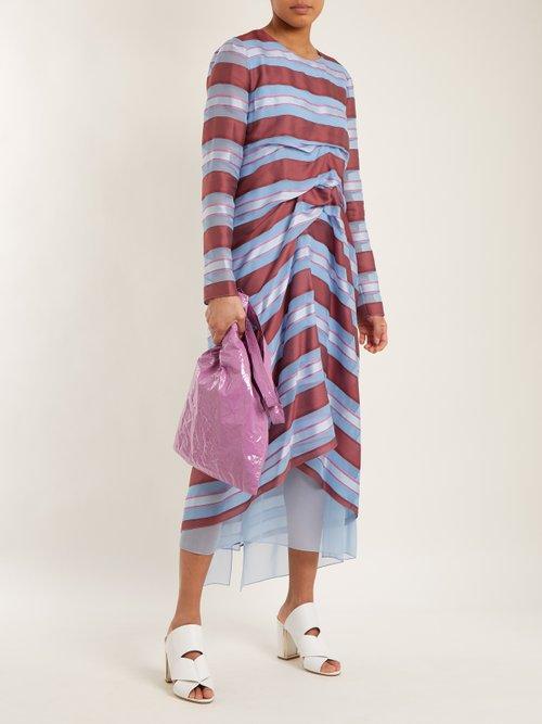 Farah crinkled-laminated vinyl tote bag by Sies Marjan