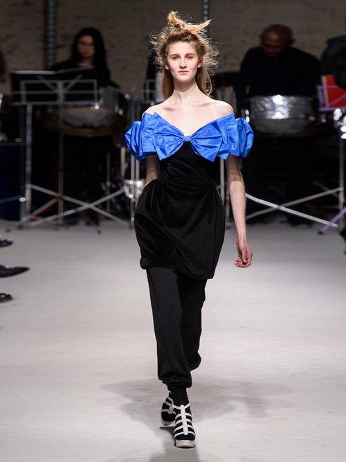 Bow Wow Off The Shoulder Velvet Mini Dress by Isa Arfen