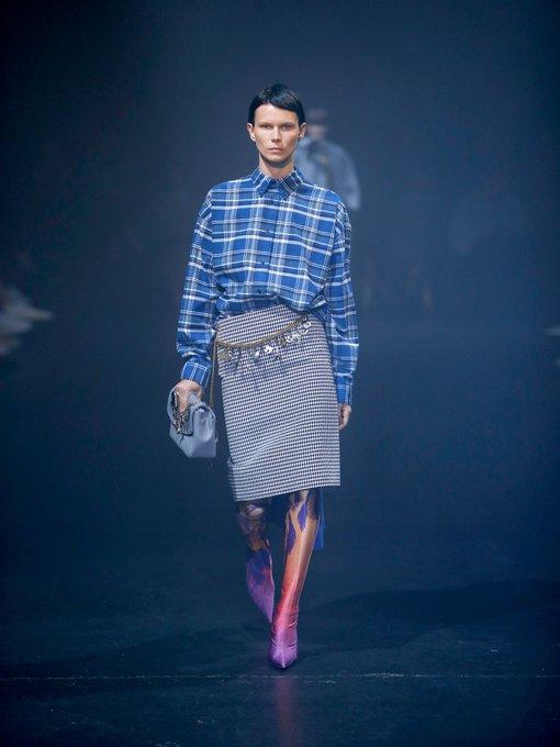e9e3d01d2067 Houndstooth chain-belt pencil skirt | Balenciaga | MATCHESFASHION.COM UK