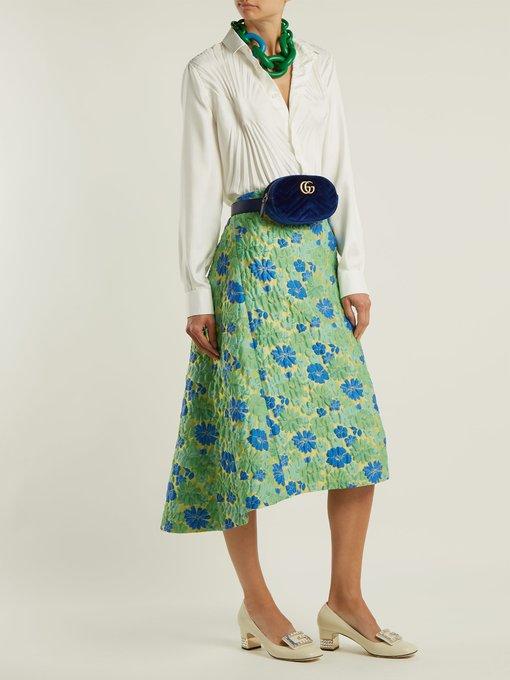 246ea234c31 Gucci GG Marmont velvet belt bag. outfit 1215849