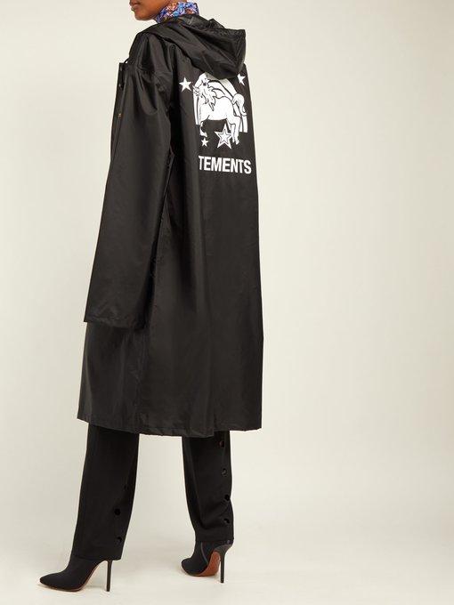 Unicorn Hooded Raincoat Vetements Matchesfashion Com Us
