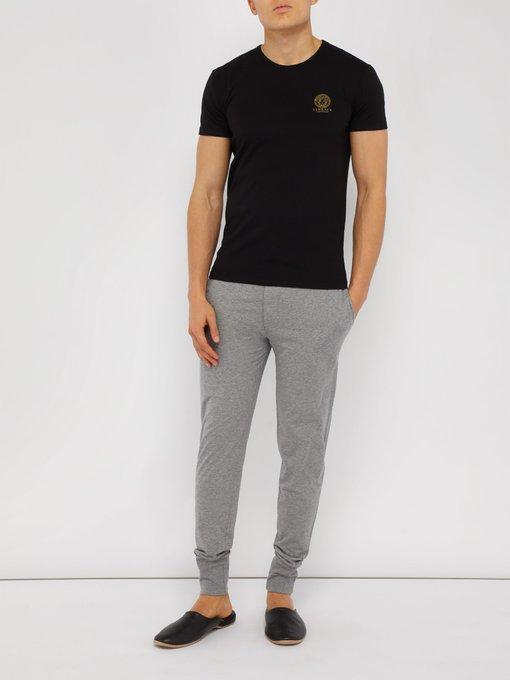 Versace Ensemble de deux T-shirts en coton stretch Medusa. outfit 1245094 715d886ef50