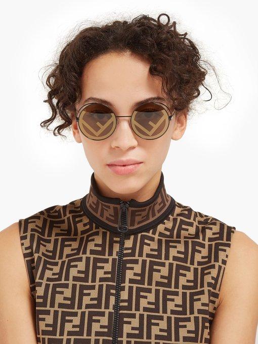 554d07b659 Fendi Fendirama mirror-logo lense round sunglasses. outfit 1274650