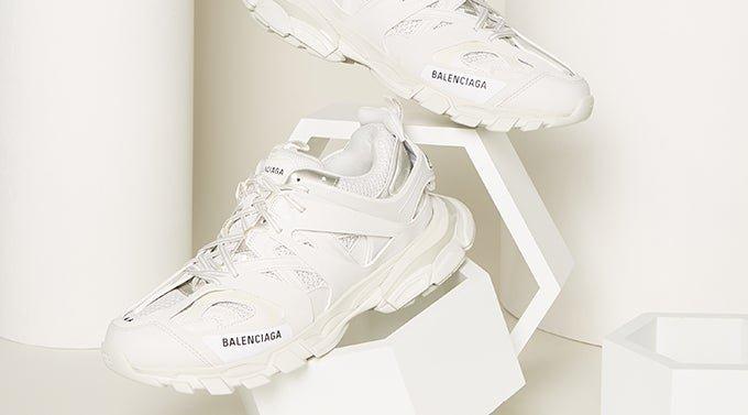 big sale f42fa 26876 MATCHESFASHION.COM UK | Designer Clothing | Women's and Men's Luxury ...